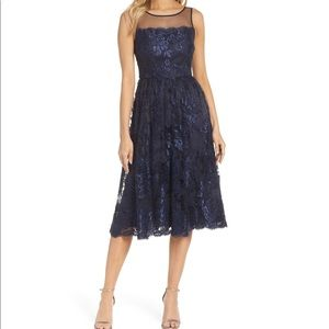 🆕 Adrianna Papell navy lace illusion dress- 2P